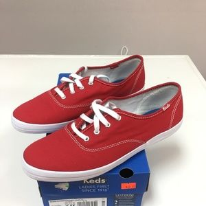 Keds Champion- Women's Red Canvas